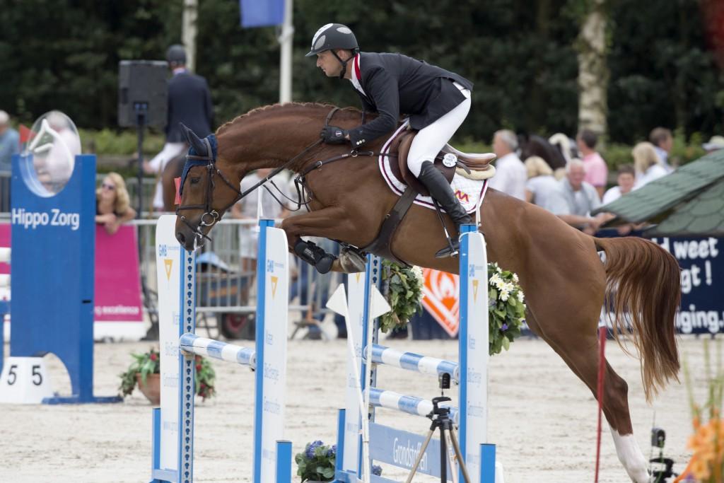 Kuijpers Leon (NED) - Sandrino Z KWPN Paardendagen - Ermelo 2012 © Dirk Caremans